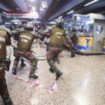 Chile: Piñera suspendió el aumento del pasaje del metro después de la revuelta popular